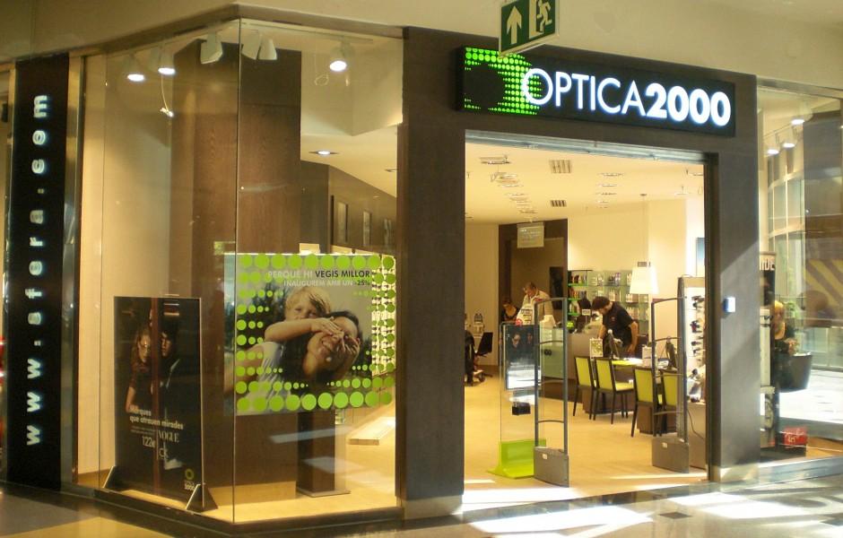 Optica 2000 madrid barcelona gyc espacios - Oficinas el corte ingles barcelona ...